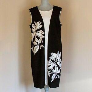 Dressbarn Taylor Woman - Black and White Shift Dress - Size 14W