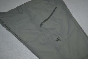 19658-a Mens Arc'teryx Fishing Cargo Shorts Swimming Green Size 34