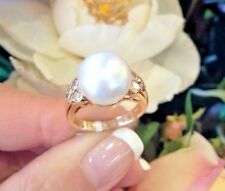 Large South Sea Pearl and Diamond Ring in 18K Yellow Gold - HM981
