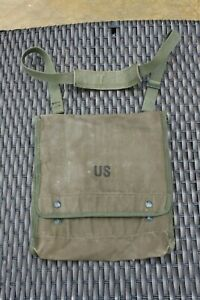 Vintage US Army Issue Military Green Canvas Map Case & Photograph Sling Bag.