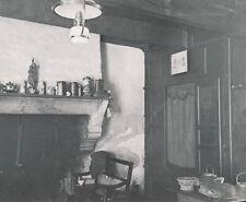 BRETAGNE c. 1900-20 - Pièce Commune Maison Bretonne Côtes d'Armor - NV 931