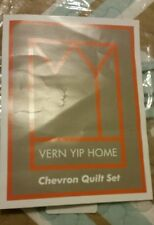 Vern Yip Home 3-Pc Quilted Set Torquoise Taupe White New Full Size