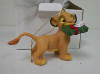 """DISNEY CHRISTMAS MAGIC GROLIER ORNAMENT SIMBA WITH GIFT 4""""  WITH BOX"""