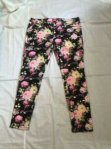Almost Famous Women Skinny Jeans Size 13 Floral print