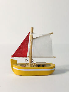 Toy Wooden Small Boat by Nanco