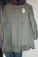 NEW BLOUSE SHORT SLEEVE WITH FRILLED FLOWING DETAIL SAGE GREEN UK14-16