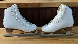 Jackson Freestyle skates 5c - Aspire Blades - excellent condition!!