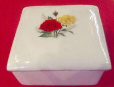 Ancien coffret à bijoux porcelaine décor de roses rouge jaune vintage