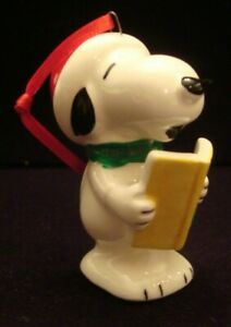 Vintage Japan 1981 Snoopy Songbook Caroler Ceramic Christmas Ornament & Label