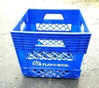 VINTAGE FLAV-O-RICH ~ PLASTIC MILK CRATE ~ BLUE