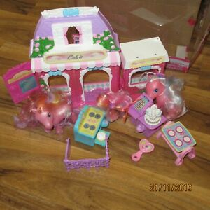 My Little Pony Candyshop And Ponys by Hasbro 2002