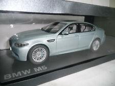 BMW 5er M5 F10 LIMOUSINE SILVERSTONE II 1:18 PARAGON DEALER 80432186353