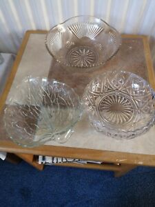 THREE CLEAR GLASS BOWLS AND DISHES