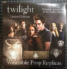 Twilight Official Limited Ed. Complete Jewelry Replica Set Of The Cullens NECA