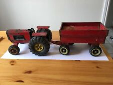 LARGE VINTAGE TONKA TRUCKS RED PRESSED STEEL RED TRACTOR AND TRAILER | XMB-975