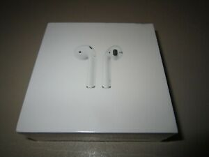 Apple AirPods 2nd Generation with Charging Case White (MV7N2ZM/A) *NEW & SEALED*