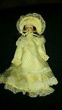Spring Bouquet Porcelain Dolls Daisy Style #1641