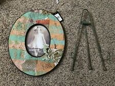 Creative Co-op for a 4 by 6 Green Photo Frame with Butterfly Accent w/ stand
