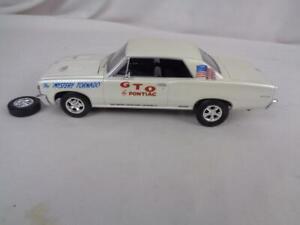 BUILT 1/25 Model Car- 1964 Pontiac GTO Mystery Tornado - Pearl White Paint
