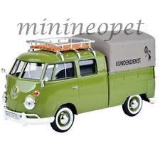 MOTORMAX 79554 VOLKSWAGEN TYPE 2 T1 DOUBLE CAB PICK UP TRUCK 1/24 w COVER GREEN