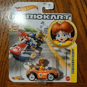 Princess Daisy Wild Wing - Mario Kart Character Cars - Hot Wheels (2021)