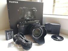 Fujifilm X-E1 camera + Fujinon XF 18-55mm 2.8-4.0 R LM OIS lens