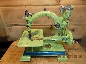 Antique Hand Crank Willcox Gibbs Scalloped base sewing machine. RESTORED 1891