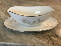 "Noritake ""Melrose"" GRAVY BOAT W/ATTACHED UNDERPLATE, Discontinued, Japan"