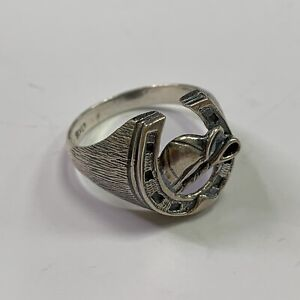 Sterling Silver Horseshoe Ring Size X 6 grams