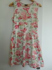 Belle robe fleurie ONLY T.L ou 40 TBE