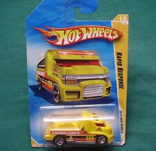 Hotwheels: 2010 Rapid Response YELLOW Ambulance SEE THRU CARGO 18/44 New SEALED!