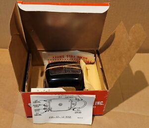 NEW OLD STOCK STANDARD MOTOR PRODUCTS INTERMOTOR VOLTAGE REGULATOR VR39 IN BOX