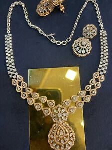 Pave 6.82 Cts Round Baguette Cut Diamonds Necklace Earrings Set In 585 14K Gold