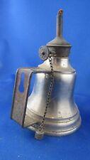 ancienne lampe a petrole style pigeon forme de cloche ferblanterie