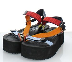 31-58 Women's 40 M Burberry Patterson Platform Sandals In Multicolor
