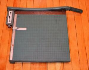 """Large Premier 16"""" Paper Cutter Board Trimmer Photo Materials Co. great condition"""