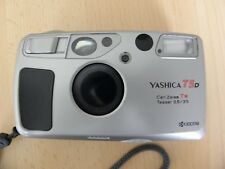 Yashica T 5 D con Carl Zeiss Tessar 3,5/35