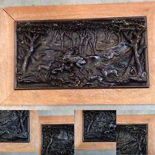 tableau sculpture sur bois de fer ,scène de chasse à cour . XX siècle .