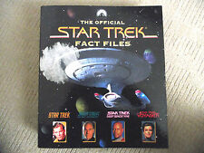 STAR TREK OFFICIAL FACT FILES / BINDER / SECTION 2 / WITH 14 FACT FILES MAGS