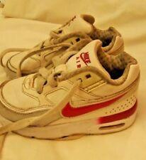 c934c6cbc Calzado grises Nike para bebés