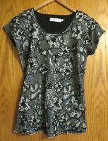 Beta's Choice Women's small black cream floral short sleeve dress shirt sequins