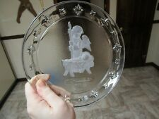 Avon M.J. Hummel 1996 24 percent Crystal Christmas Plate Goebel Clear Frosted