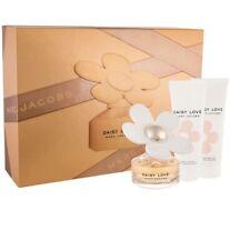 Marc Jacobs Daisy Love Eau de Toilette Edt + Body Lotion + Shower Gel gift set