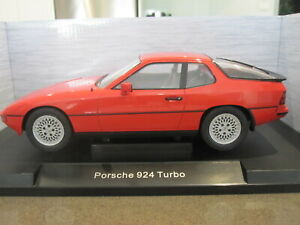 1:18 MODEL CAR GROUP MCG18195 1979 PORSCHE 924 TURBO RED *NEW*