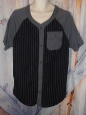 Men's size M Button Front HOT TOPIC Tyler Carter Black & Gray Short Sleeve Shirt