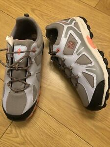Columbia Woman Hiking Waterproof Shoes  Size 6 UK
