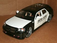 1/18 Scale Dodge Magnum Diecast Model Custom Made Police Car Wagon - Jada 90292