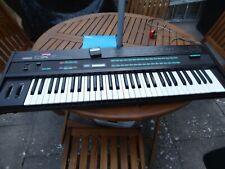 Yamaha DX7 Vintage Digital Programmable Algorithm Synthesizer.