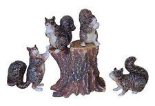 Miniatures en porcelaine _ Écureuils sur tronc 3 à 4cm _ Série complète 5 pièces