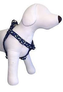"Top Paw Dog Harness for Medium M Dogs w/ Girth 18""-25"" Dog Bones Paws 03M"